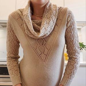 100% Cotton Club Monaco knit sweater